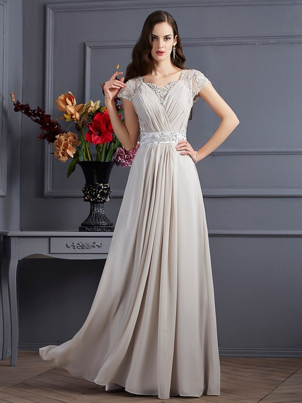 A-Linie/Princess-Linie Herzausschnitt Kurze Ärmel Perlen verziert Lange Chiffon Kleider