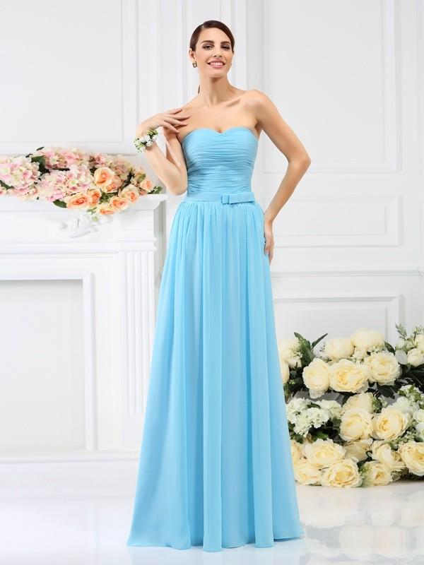 A-Linie/Princess-Linie Herzausschnitt Falten Handgemachte Blume Ärmellos Lange Chiffon Brautjungfernkleider