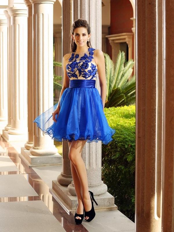 A-Linie/Princess-Linie Bateau-Ausschnitt Perlen verziert Ärmellos Kurz Organza Cocktail Kleider