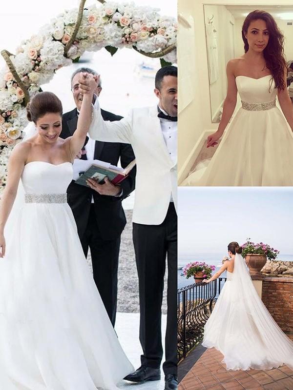 A-Linie/Princess-Linie Herzausschnitt Ärmellos Perlen verziert Tüll Sweep/Pinsel zug Brautkleider