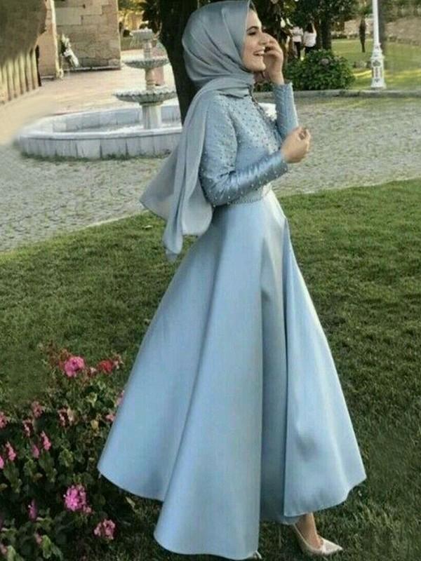 A-Linie/Princess-Linie Lange Ärmel U-Ausschnitt Bodenlang Perlen verziert Satin Muslim Kleider
