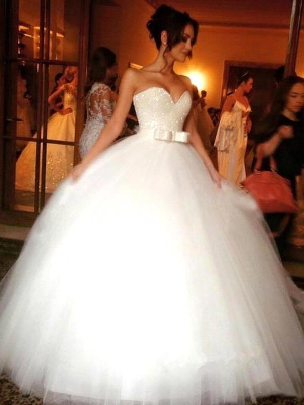 Duchesse-Linie Schleife Herz-Ausschnitt Tülle Ärmellos Bodenlang Brautkleider