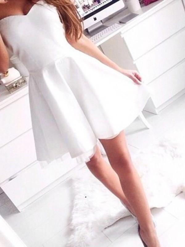 A-Linie/Princess-Stil Ärmellos Herz-Ausschnitt Kurz/Mini Satin Kleider