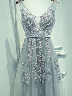 A-Linie/Princess-Stil Ärmellos V-Ausschnitt Tülle Applikation Bodenlang Kleider